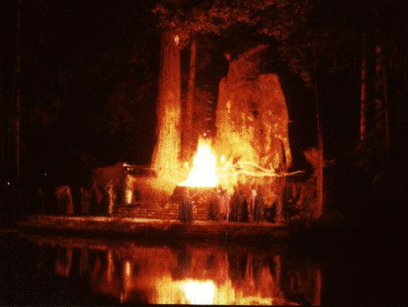 Bohemian Grove ritual cremation of care